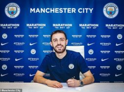 10945184-0-Midfielder_Bernardo_Silva_signed_a_new_long_term_Manchester_City-a-14_1552499581488
